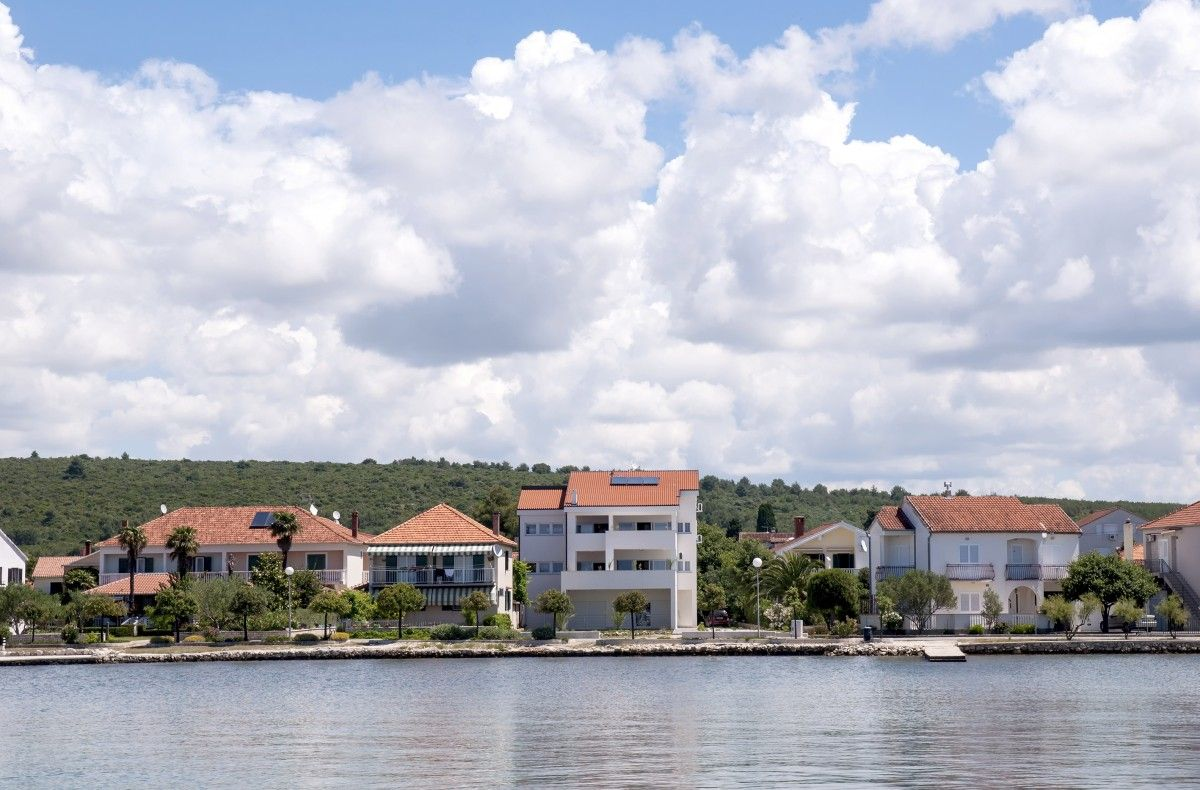 Apartments Sukošan and surroundings - Apartment ID 2680