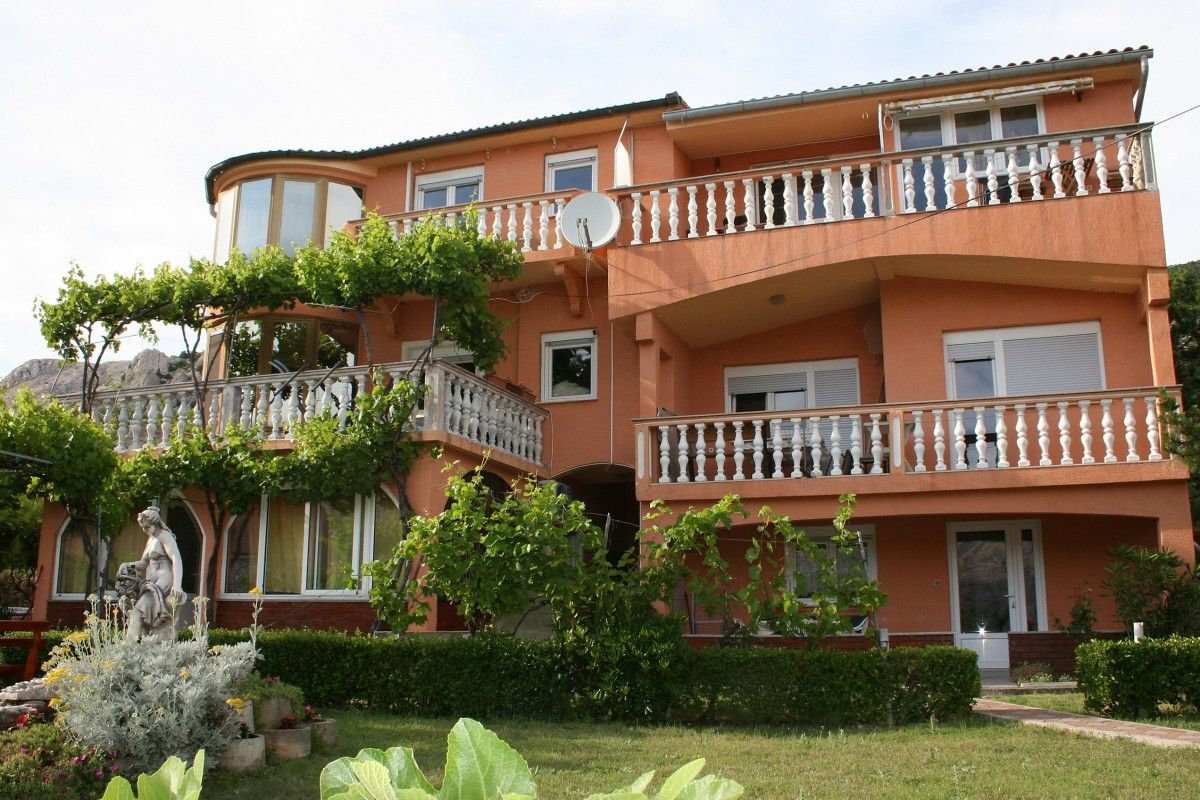 Apartments Island of Krk - Apartment ID 2689