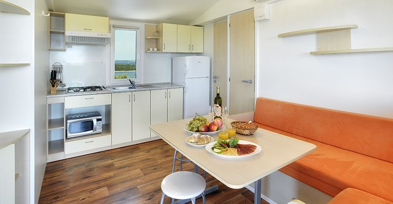 Case Mobili Stile Mediterraneo : Brioni sunny camping case mobili pula pola pola ed istria