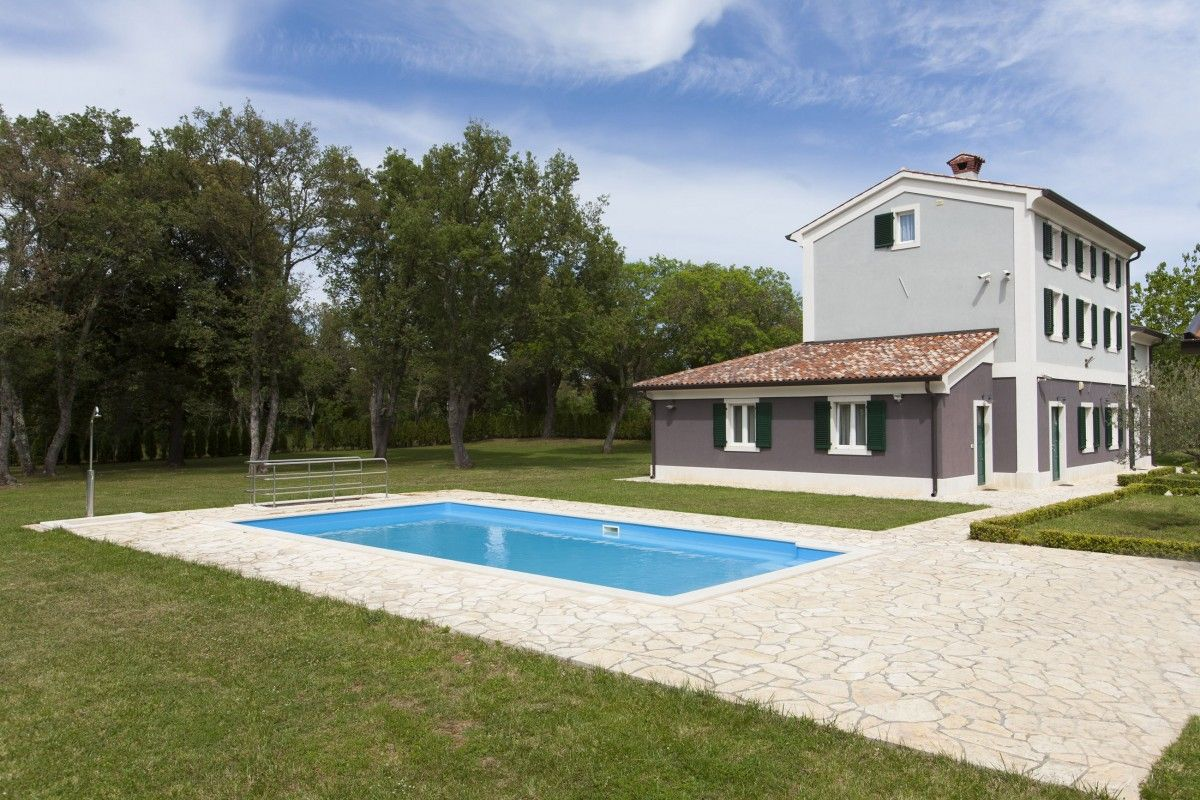 Villas, Valbandon, Pula & south Istria - Villa ID 2813