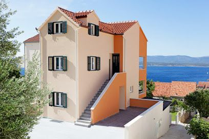 Apartments, Bol, Island of Brač - Apartment ID 2821