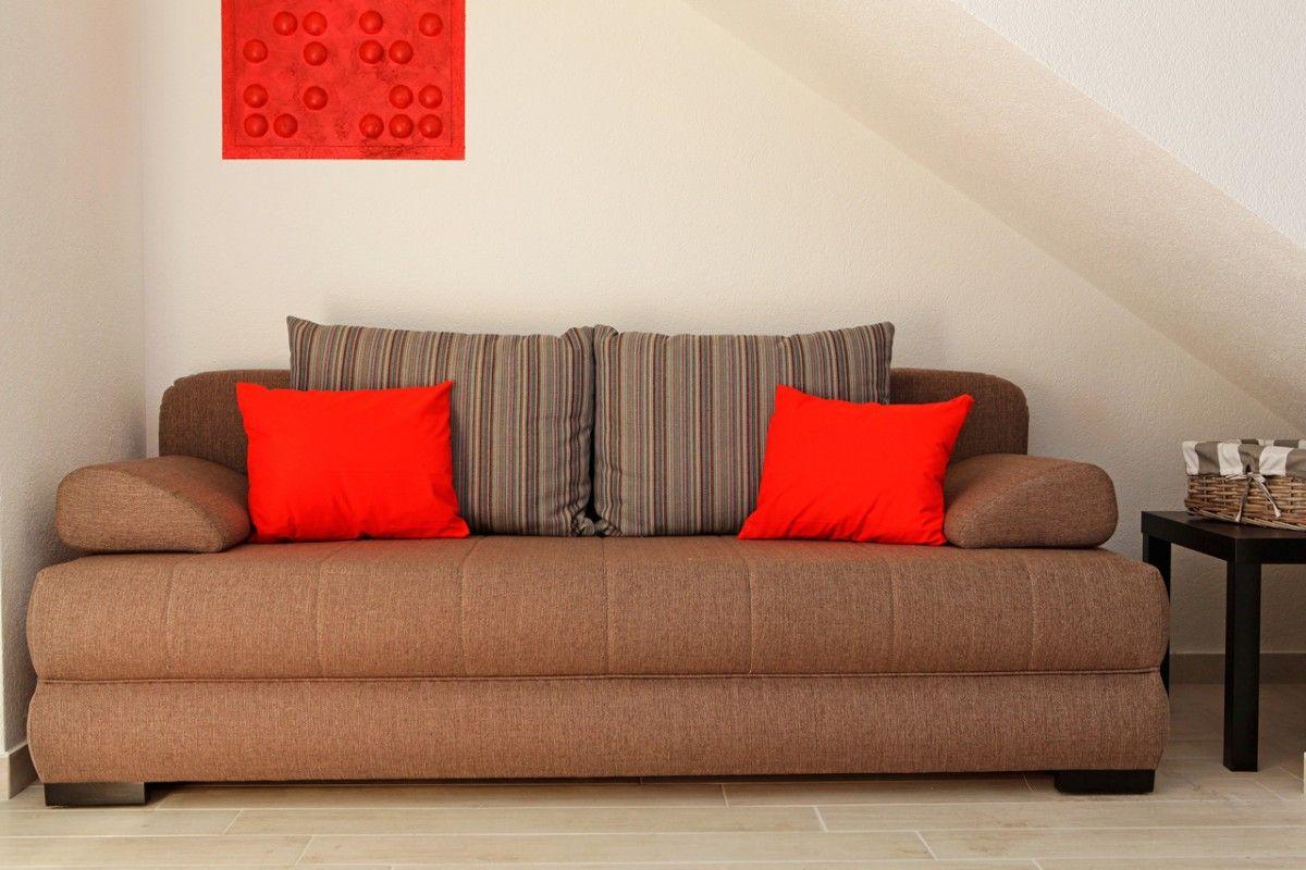 ferienwohnung id 2821 bol insel bra mitteldalmatien split kroatien. Black Bedroom Furniture Sets. Home Design Ideas