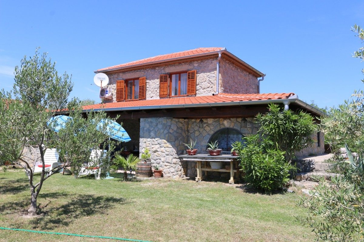 Holiday Homes, Šilo, Island of Krk - Holiday Home ID 2873