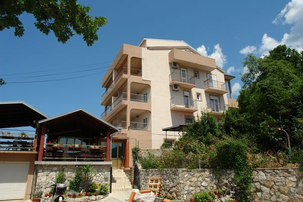 Apartments Crikvenica and surroundings - Apartment ID 0296