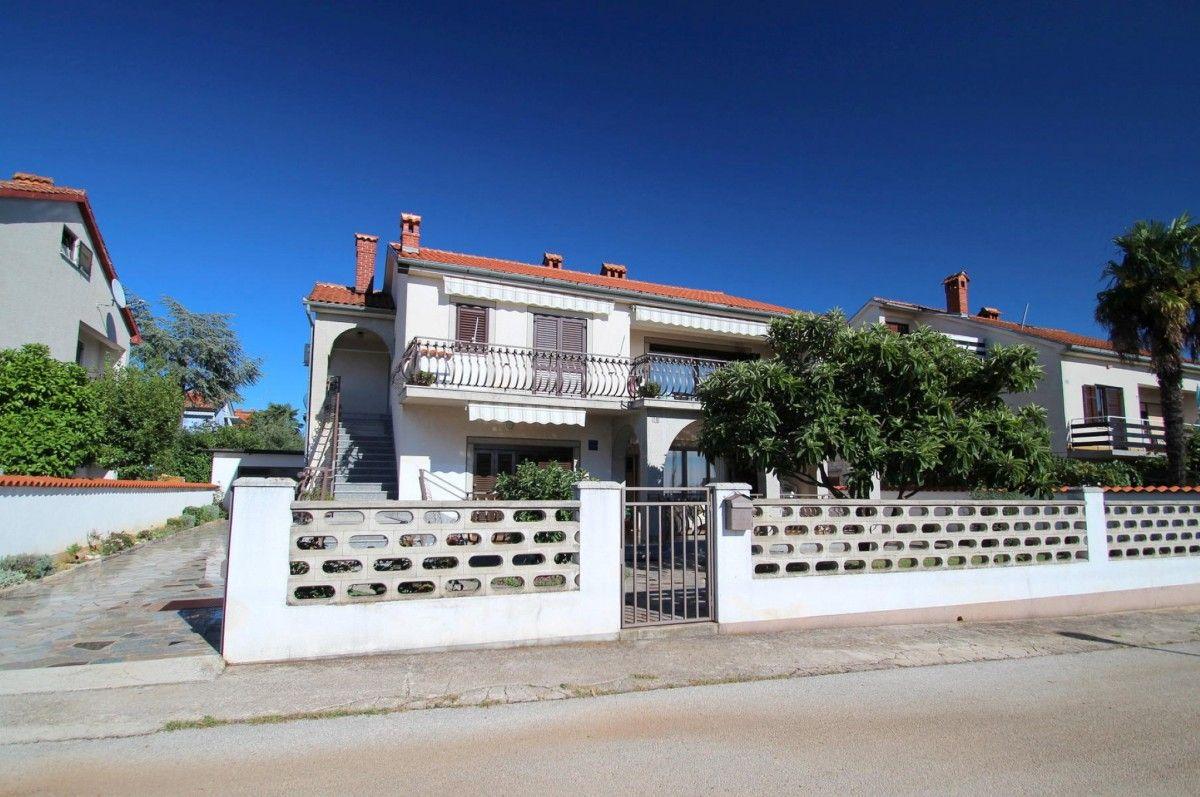 Apartments, Novigrad, Novigrad - Apartment ID 2961