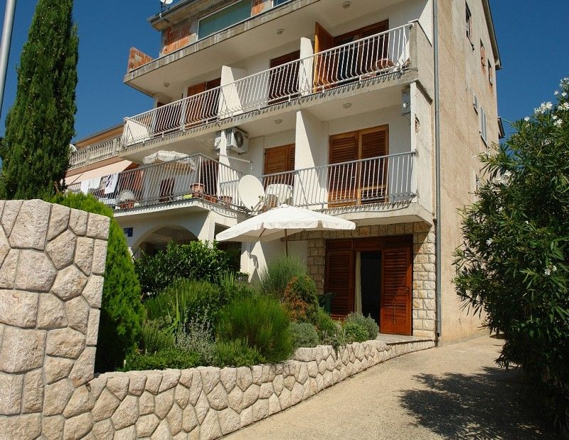 Apartments Crikvenica and surroundings - Apartment ID 0297