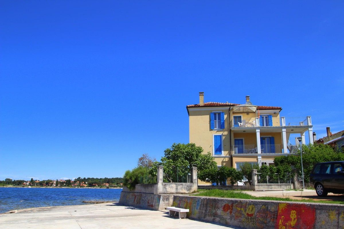 Apartments, Dajla, Novigrad - Apartment ID 2976
