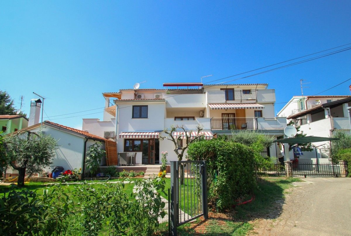 Apartments Novigrad - Apartment ID 2998