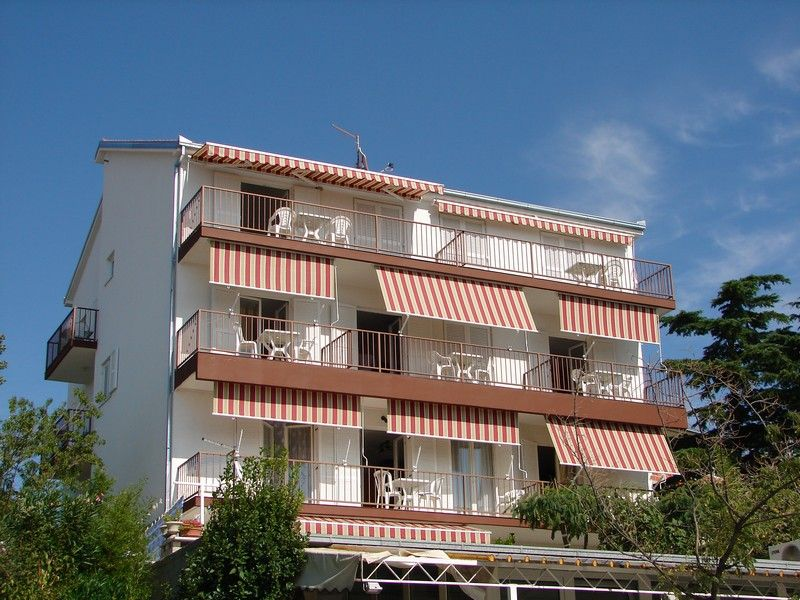 Apartments Crikvenica and surroundings - Apartment ID 0307
