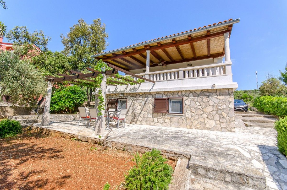 Holiday Homes Island of Šolta - Holiday Home ID 3087