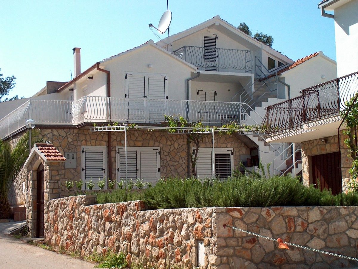 Apartments, Vrboska, Island of Hvar - Apartment ID 3116