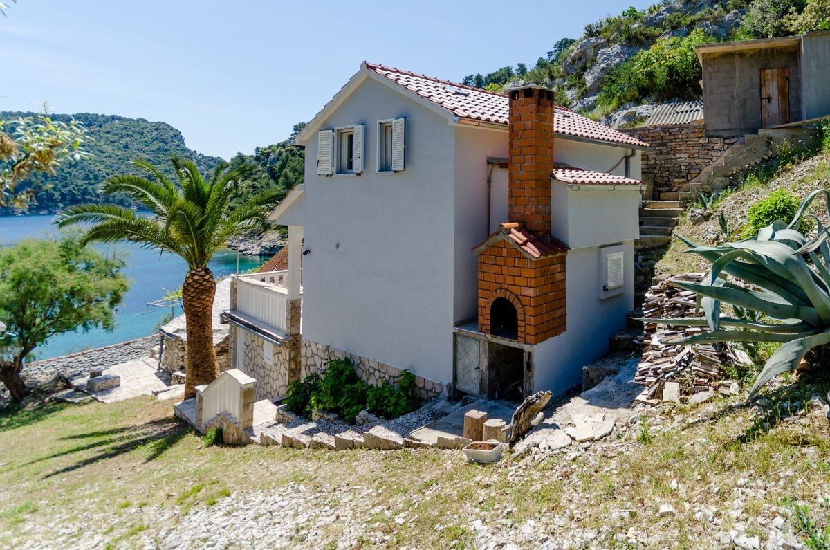 Holiday Homes Island of Šolta - Holiday Home ID 3123