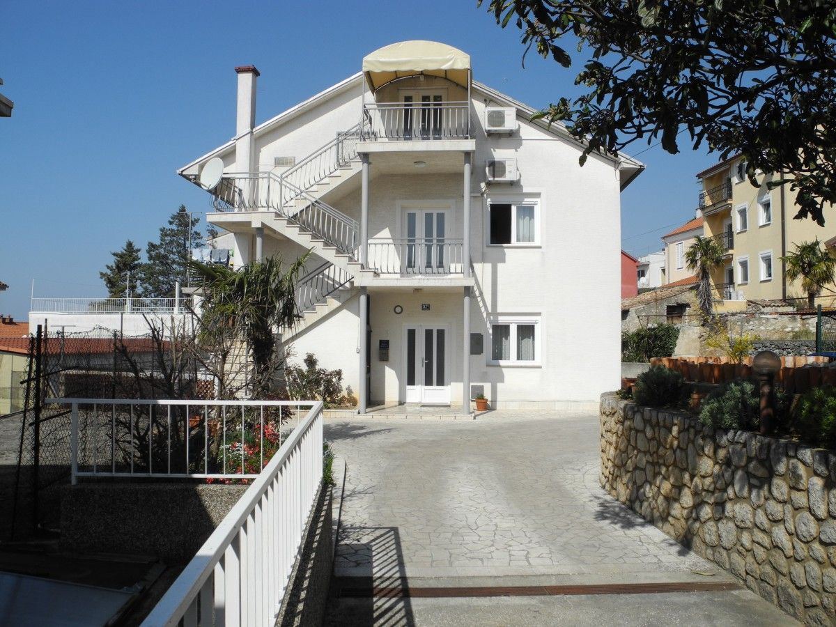 Apartments Crikvenica and surroundings - Apartment ID 3129