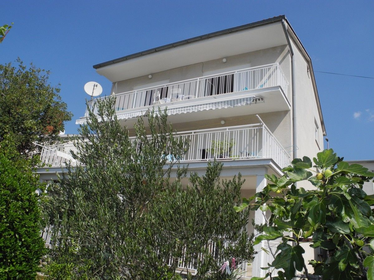Apartments, Selce, Crikvenica and surroundings - Apartment ID 3133