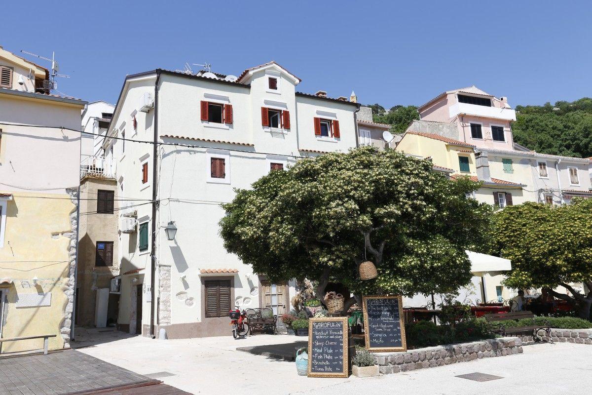 Apartments, Baška, Island of Krk - Apartment ID 3161