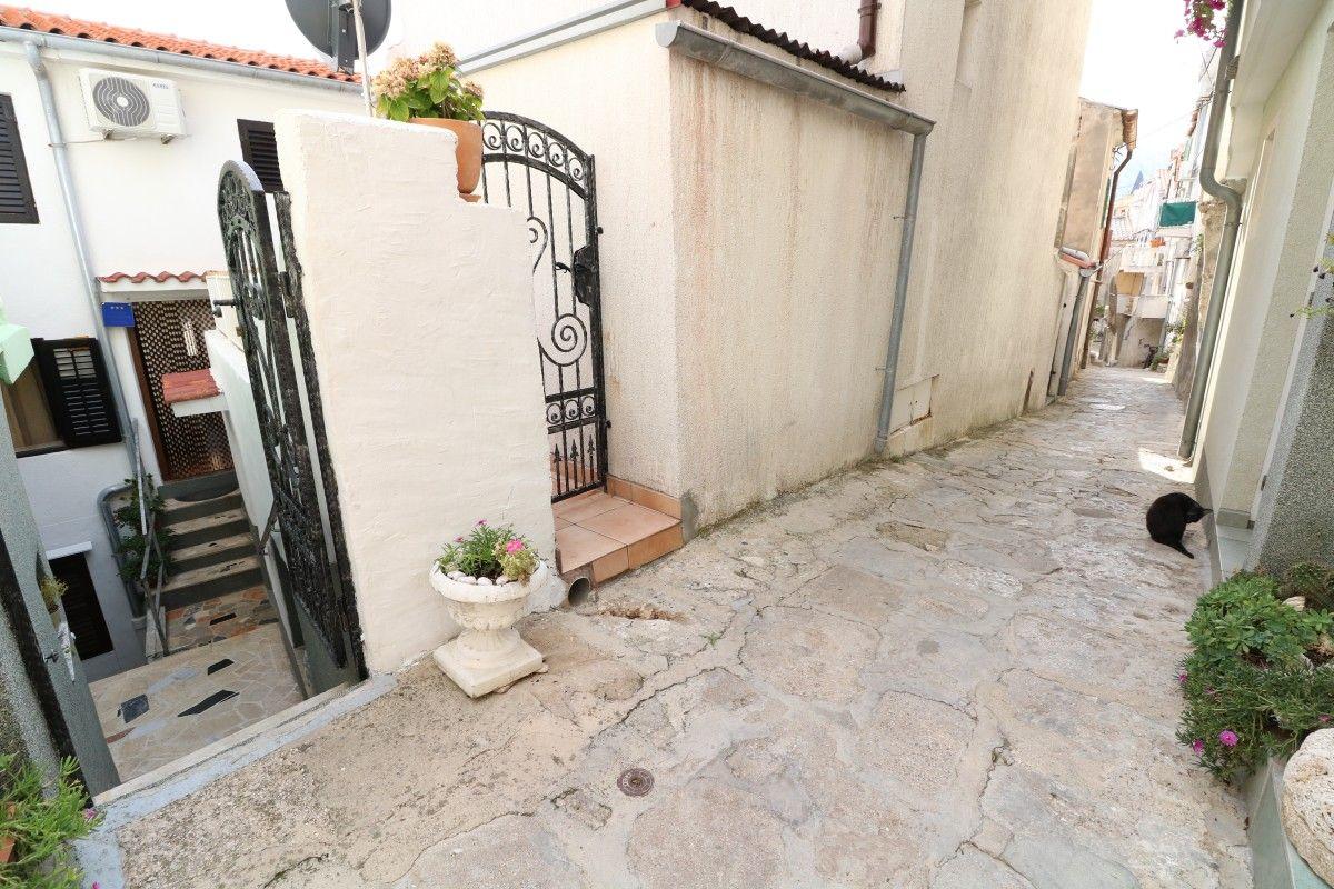 Apartments, Baška, Island of Krk - Apartment ID 3177