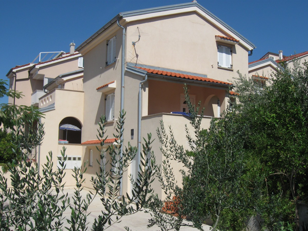 Apartments Island of Pag - Apartment ID 3255