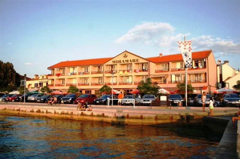 Hotels, Njivice, Island of Krk - HOTEL MIRAMARE