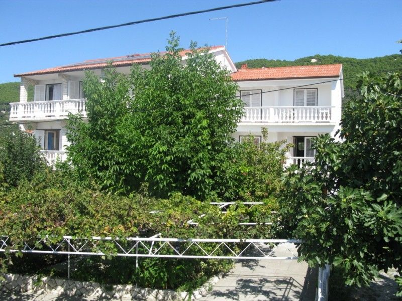 Apartments, Banjol, Island of Rab - Apartment ID 0365