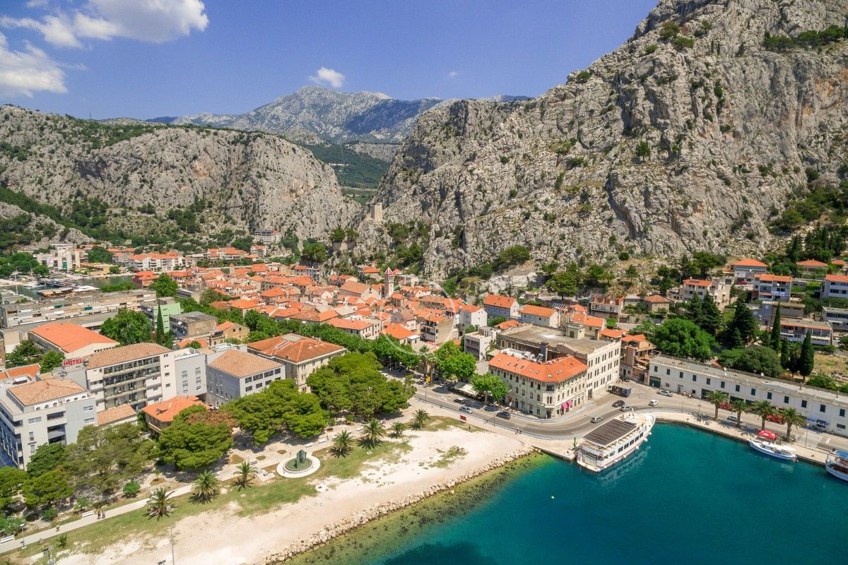 Holiday Homes Riviera Omiš  - Stone villa in the centre of historical town Omiš