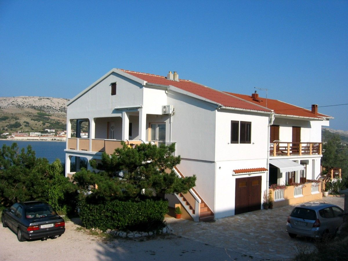 Apartments, Pag, Island of Pag - Apartment ID 0383