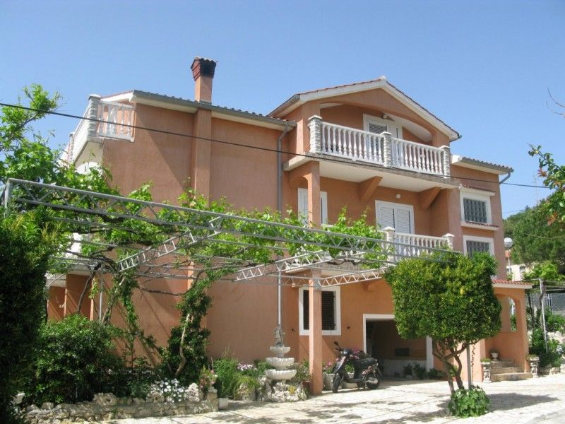 Apartments, Palit, Island of Rab - Apartment ID 0421