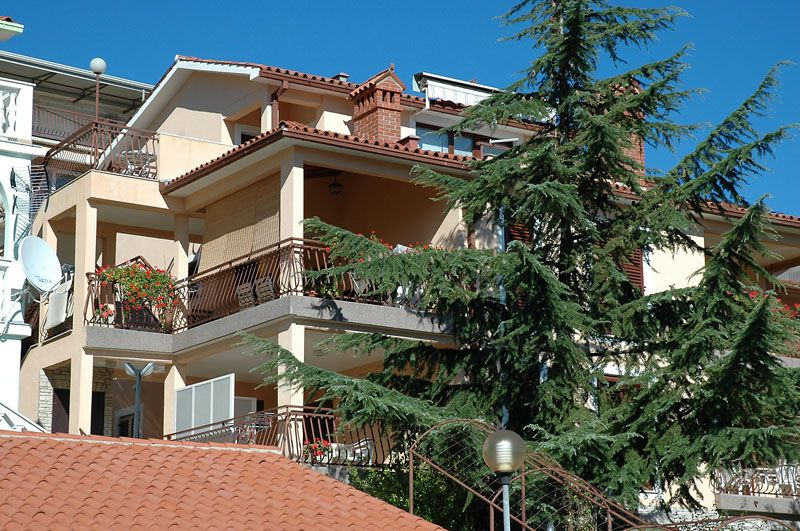 Apartments Rabac & Labin - Family apartments in Rabac with sea views