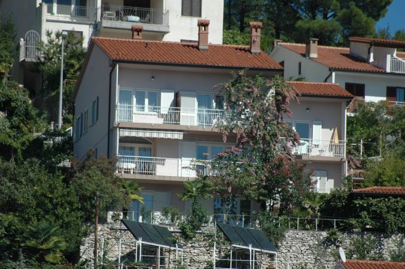 Apartments Rabac & Labin - Family apartments Rabac with nicely sea view