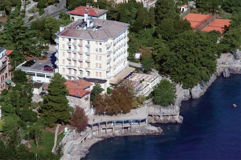 Hotels Opatija and surroundings - HOTEL BRISTOL