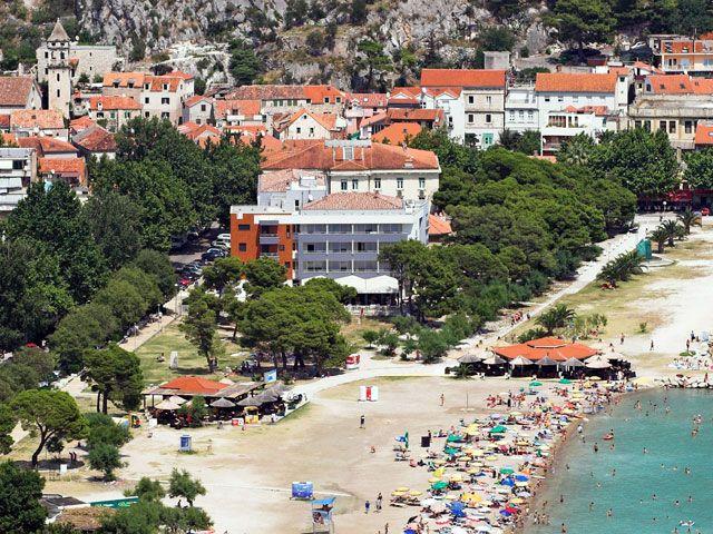 Hoteli, Omiš, Riviera Omiš  - HOTEL PLAZA