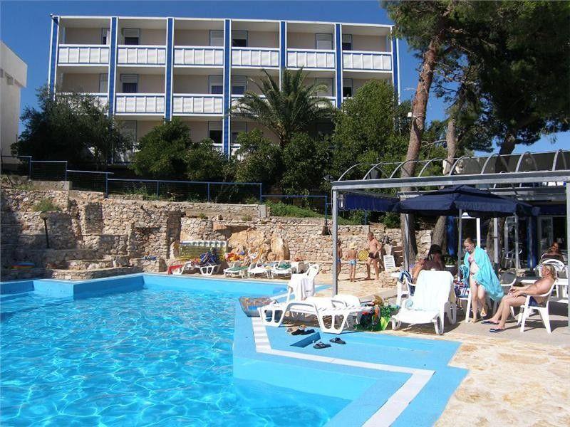 Hotely, Murter, Ostrov Murter - HOTEL COLENTUM