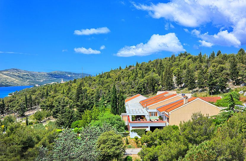 Resorts, Seget Donji, Trogir and surroundings - APARTMENTS MEDENA
