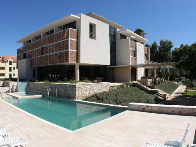 Hotels, Supetar, Island of Brač - HOTEL AMOR