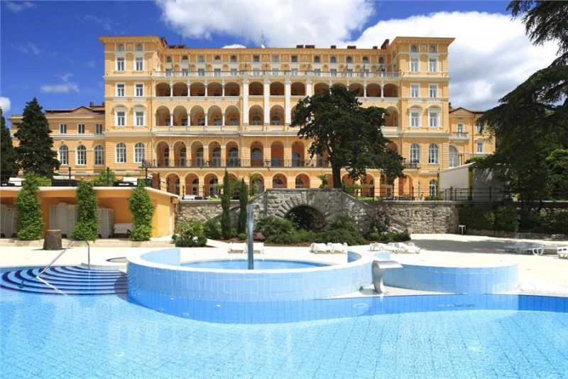 Hotels Crikvenica and surroundings - HOTEL KVARNER PALACE - ex Therapia