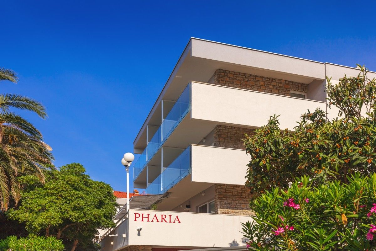 Hotels Island of Hvar - APARTHOTEL PHARIA