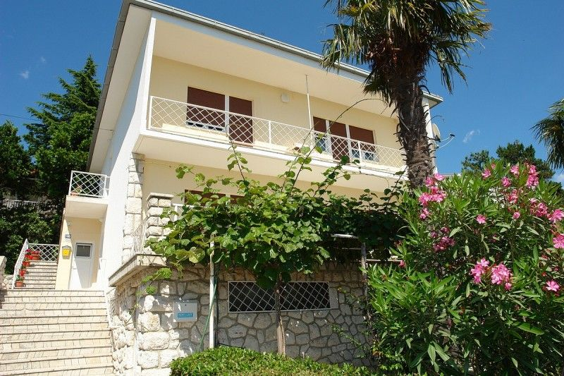 Apartments, Dramalj, Crikvenica and surroundings - Apartment ID 0671
