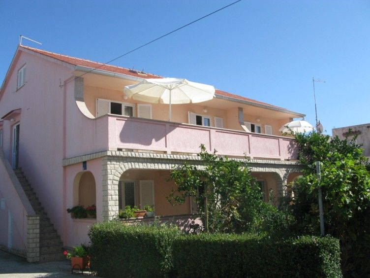 Apartments, Banjol, Island of Rab - Apartment ID 0766