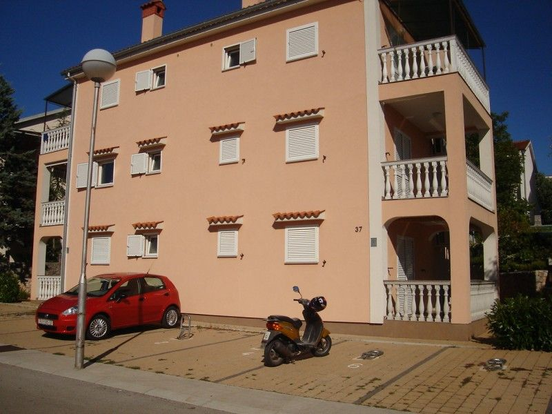 Apartments, Malinska, Island of Krk - Apartment ID 0804