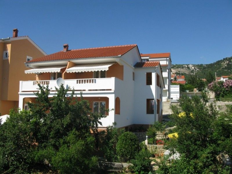Apartments, Barbat, Island of Rab - Apartment ID 0810
