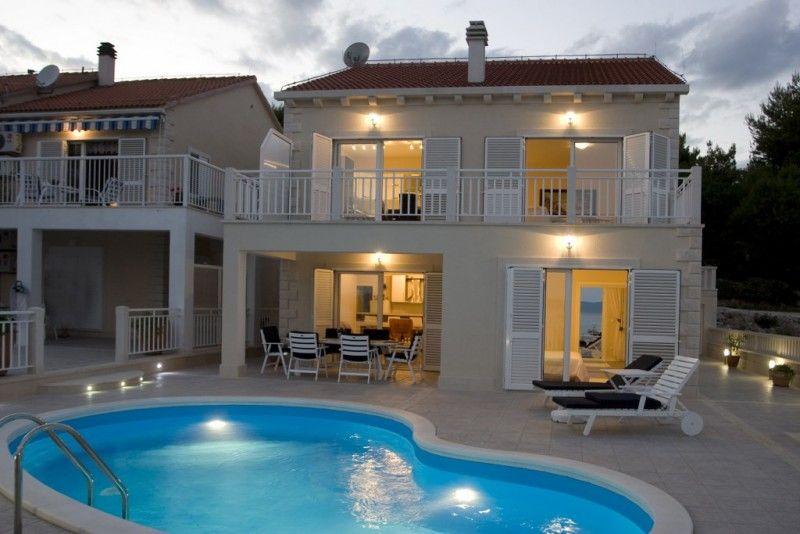 Holiday Homes Island of Brač - Holiday Home ID 0883