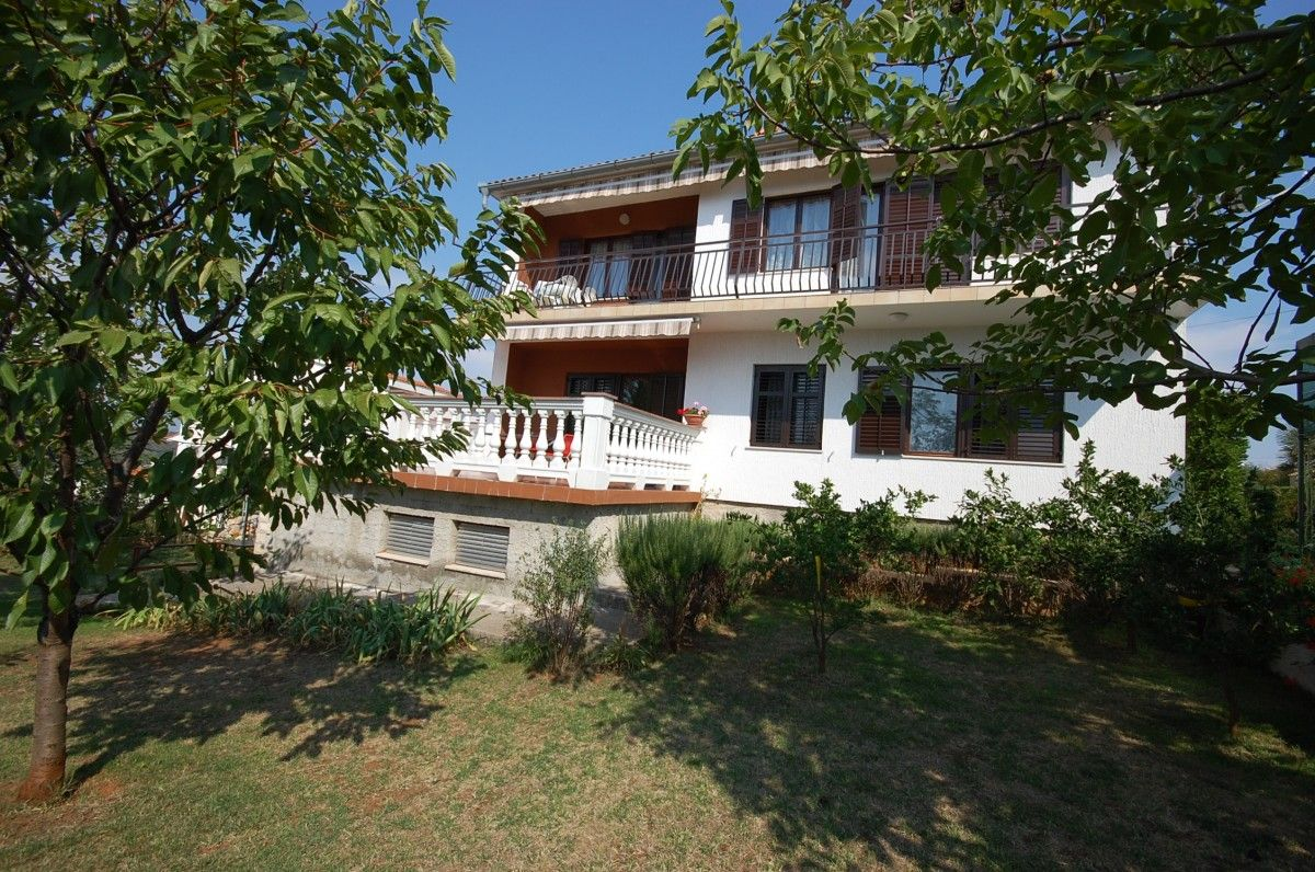 Apartments, Njivice, Island of Krk - Apartment ID 0924