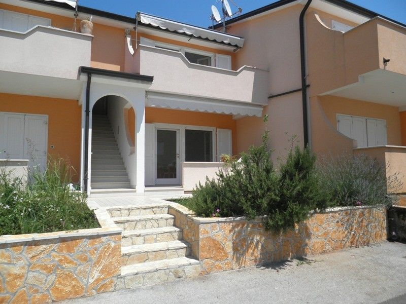 Apartments Umag and surroundings - Apartments in Lovrecica near Umag