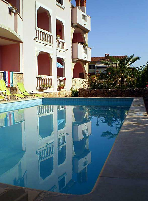 Apartments Rovinj and surroundings - Apartments with swimming pool in Rovinj