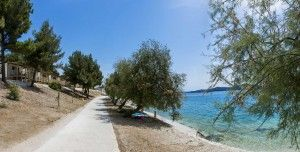 objects/1807/114361_2006_Belvedere_TRogir_Beach.jpg