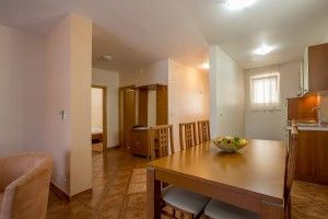 Apartment for 4-6 persons, park view