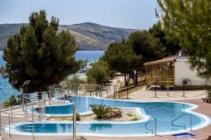 objects/2604/99818_14006_Belvedere_Trogir_Pool_sea-view11.jpg