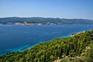 objects/2637/121639_a-view-of-korcula-from-peljesac-peninsula-635964264768909737_720_540.jpeg