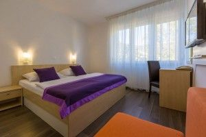 Double room, park side