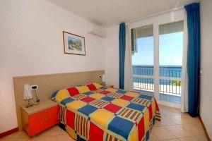 Apartman s 2 spavaće sobe pogled more