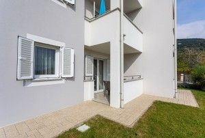 Apartment for 4-5 persons ground floor